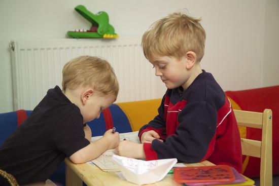 Angebote für Kinder & Teenager - Kinderspielraum