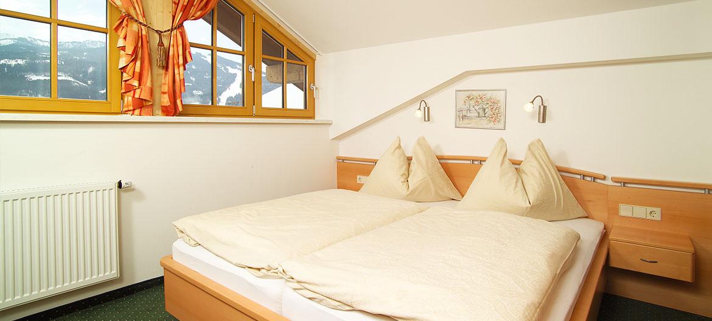 Zimmer - Urlaub am Bauernhof in Radstadt - Ferienwohnungen am Bleiwanghof